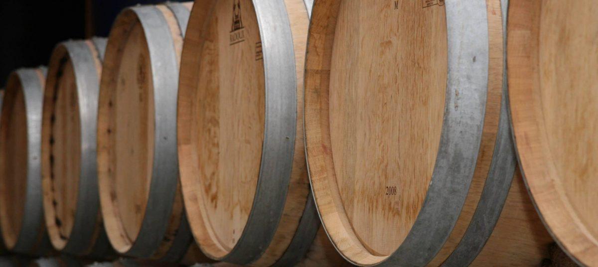 Tonneaux de vin blanc sancerre