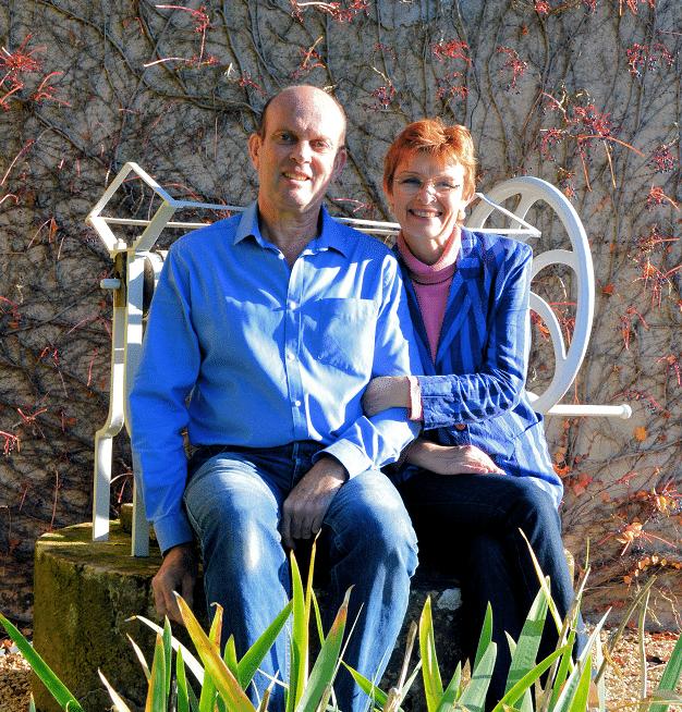 Yveline et Bruno du gîte Les Hortensias à Baugy